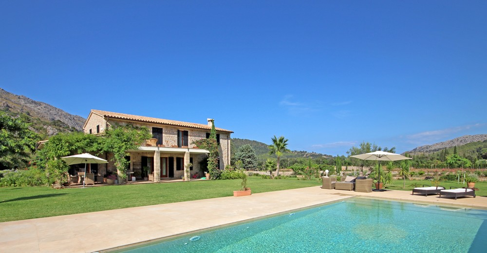 10 reasons to buy a property and move to Majorca