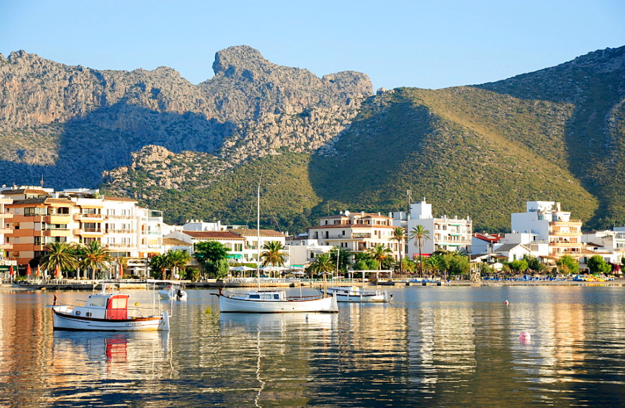 Luxury apartments for sale in Puerto Pollensa