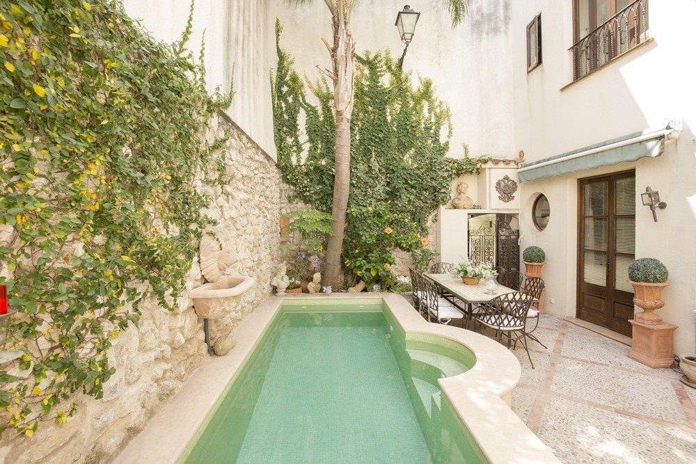 3 essential tips on how to sell your property in the Balearics