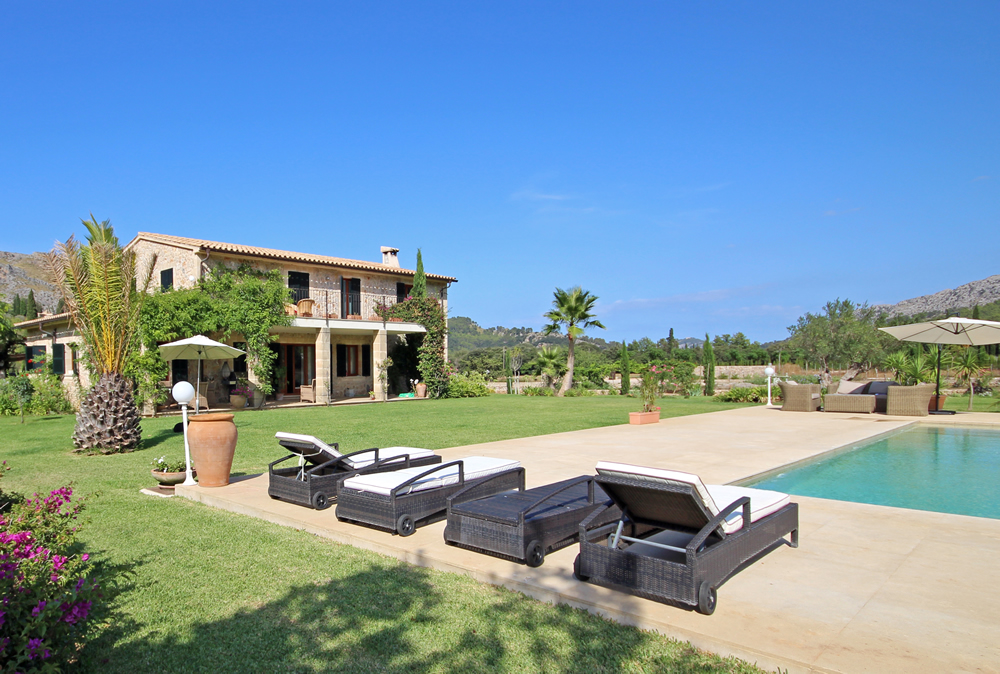Why buy a house in Mallorca?