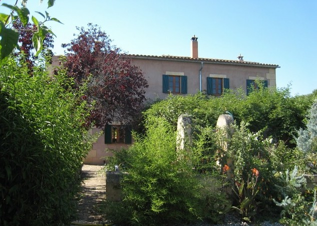 Village townhouse in Mallorca interior